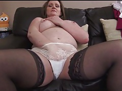 Busty mature masturbates in stockings and panties tubes