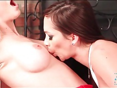 Lesbians lick pussy in front of the fireplace tubes