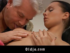 Old dick fucks a young salacious ass tubes