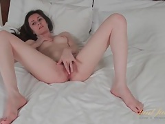 Skinny solo brunette milf masturbates in bed tubes