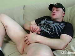 Chubby straight damien masturbating tubes