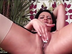 Tight milf cunt fingered in her close up porn tubes