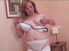 Hairy mature pussy pleasured in solo scene tubes