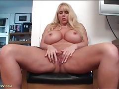 Curvy pornstar karen fisher fingers her cunt tubes