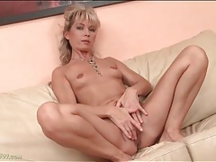 Naked mature janet darling has tiny tits tubes