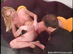 Business beauty gets massage and cunt fingering tubes