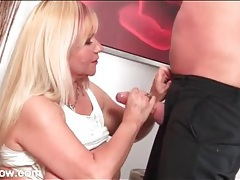 Fat milf sucks his dick and balls lustily tubes