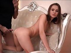 Big dick slowly slides into skinny girl that loves sex tubes