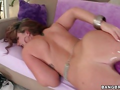 Curvy lass lubes her ass for dildo play tubes