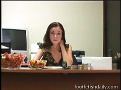 Skinny office girl has sexy feet to tease him tubes