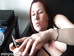 Pretty redhead smokes cigarette in close up porn tubes
