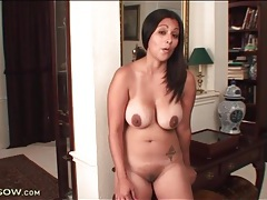 Busty naked latina shows her cunt in close up tubes