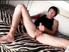 Twinks in the bunk bed beat off lustily tubes