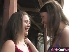 Girls out west - hairy and shaved lesbians at the train station tubes