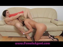 Femaleagent pole dancer learns new moves tubes