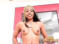 Skinny arab slut gives a naughty blowjob tubes