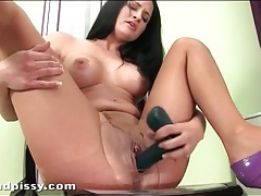 Brunette in ripped pantyhose tastes her piss tubes