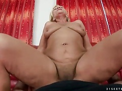 Hairy mature cunt rides dick in pov porn tubes