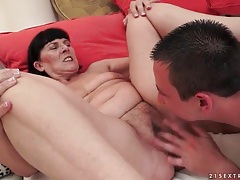 Young man eats out wet granny pussy tubes