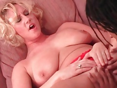 Titjob from a naughty milf in red panties tubes