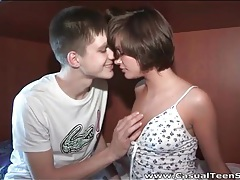 Short hair teen brunette gives a sexy blowjob tubes