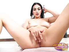 Gorgeous latina with big tits rides a dick tubes