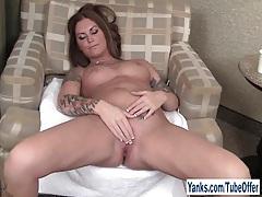 Tattooed amateur bella masturbating her pussy tubes