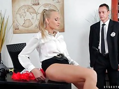 Cop eats out lusty pussy in the office tubes