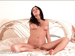 Big breasted brunette fingers bald pussy tubes