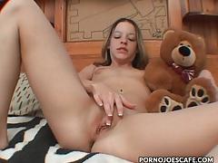 Teen hugs her teddy bear and masturbates tubes