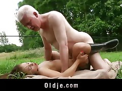 Young girl and old man fucking and licking each other tubes