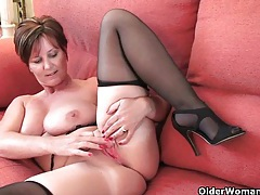 British granny joy spreads her fuckable pussy tubes
