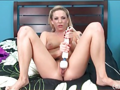 Nude blonde moans as she vibrates her pussy tubes