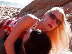 Fucking shaved blonde girl on the beach tubes