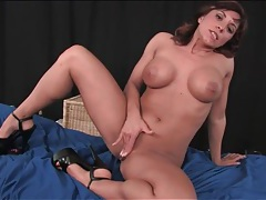 Big tits and ass on sexy dildo fucking milf tubes