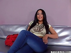 Sexy solo jenaveve jolie has big tits tubes