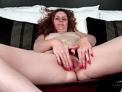 Curly hair milf has gorgeous pubic hair tubes