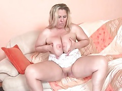 Mature bbw with large tits masturbates tubes