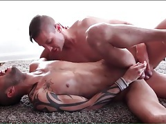 Fit guy sits his asshole on a stiff dick tubes