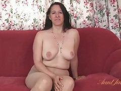 Chubby milf strips from her dress and pantyhose tubes