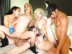 Orgy in the bedroom tubes