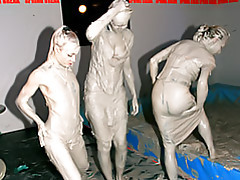Mud wrestling hotties tubes