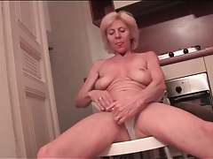 Wrinkled granny with a fit body masturbates tubes