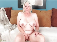 Fat blonde mature masturbates pink pussy tubes