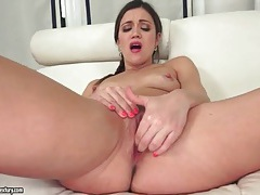 Wet pussy brunette fingers and masturbates tubes