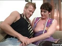 Granny in sexy stockings sucks dick tubes