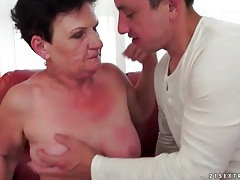 Saggy tits grandma fucked by young dick tubes