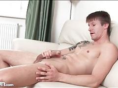 Tattooed muscular guy jerks off his boner tubes