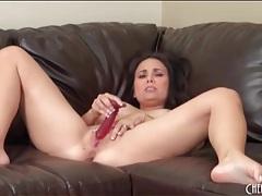 Double dildo sex turns on curvy brunette tubes