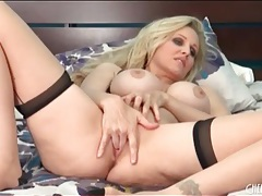 Milf julia ann masturbates in seamed stockings tubes